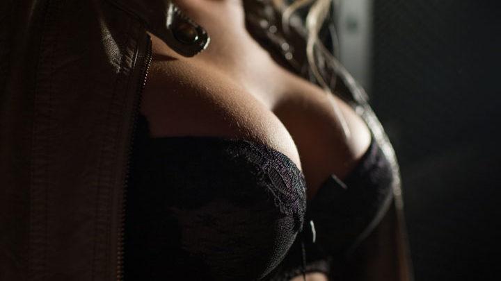Mature sally big heavy tits